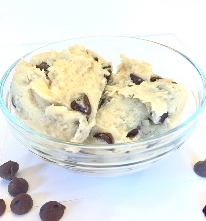 Edible Chocolate Chip Cookie Dough (Egg Free!)